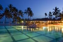 Solteros al Club Med Itaparica - 19 Noviembre - Salvador /  - Viajandosolo.com –  Turismo para singles, solos y solas
